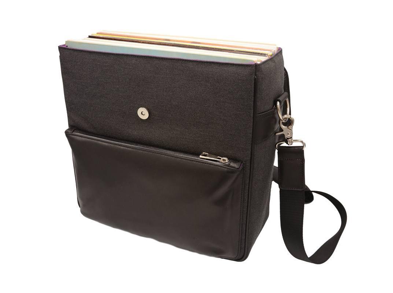 Дизайнер из Нидерландов предлагает специальную сумку для удобной переноски виниловых пластинок